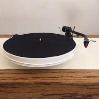 Pro-ject RPM-1.3 genie